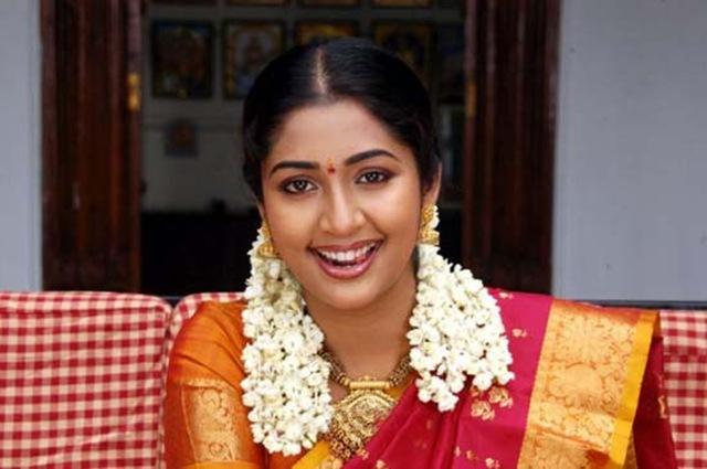 Actress Navya Nair Marriage   wedding   engagement PhotosNavya Nair Engagement Photos